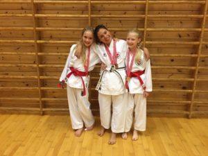 Karatejenter